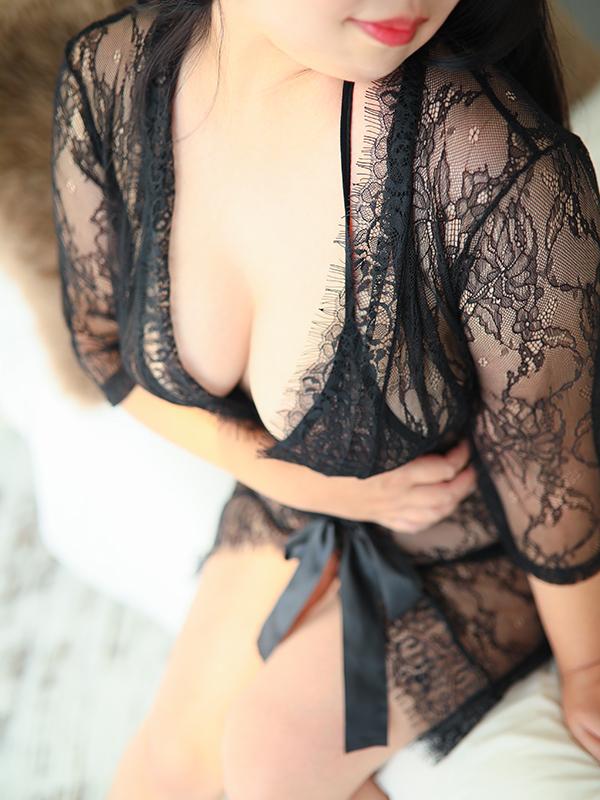 持田 まき(36)|梅田 十三 新大阪 西中島 出張&待ち合わせ 人妻性感エステ ママセラ